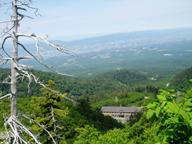 十勝岳連邦にたたずむ温泉宿