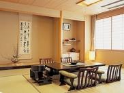 旅情豊かな客室